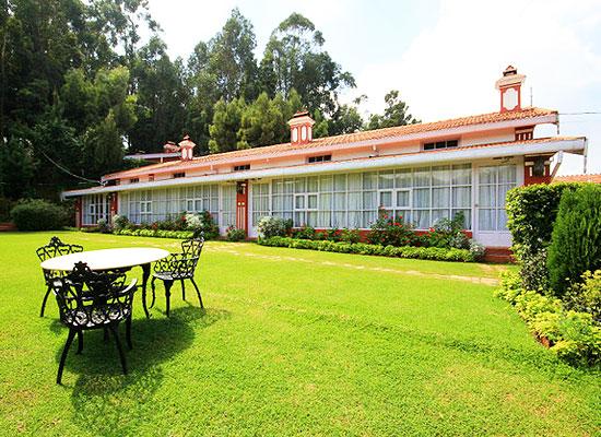 Kluney Manor Ooty Garden