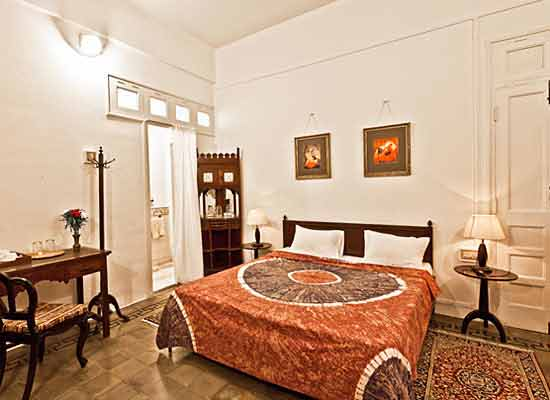 Divan's Bungalow ahmedabad bedroom