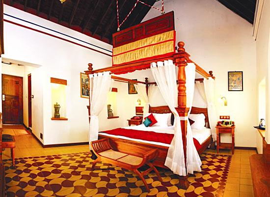 Chidambara Vilas chettinad bedroom