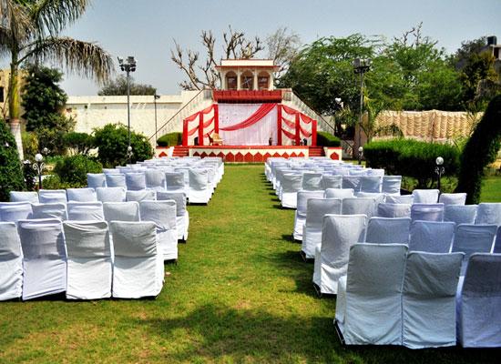 Burja Haveli alwar garden sitting area