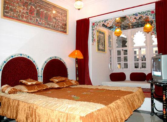 Anjani Hotel Udaipur Bedroom