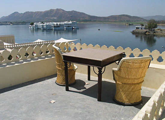 Hotel Aashiya Haveli udaipur roof sitting area