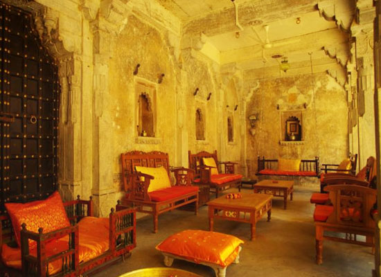 Chanoud Garh pali sitting area