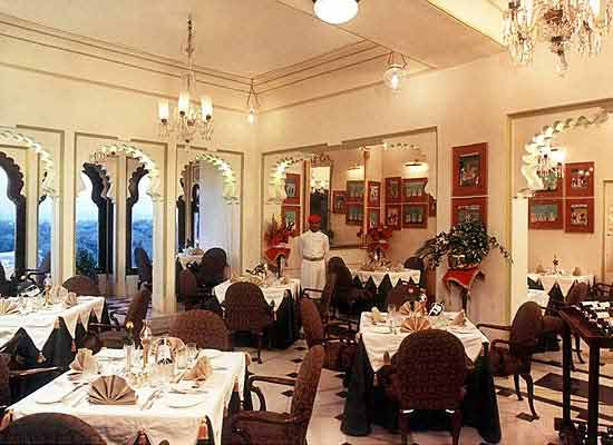 Dining at Shiv Niwas Palace