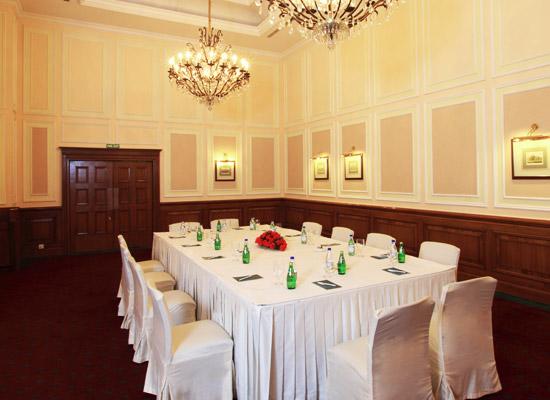 Oberoi Cecil shimla dining hall