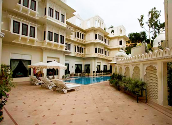 Hotel Swaroop Vilas Udaipur Swimming Pool