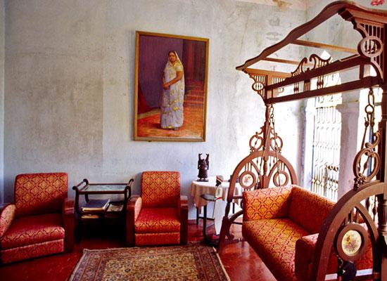 Kali Niketan Gujarat Sitting