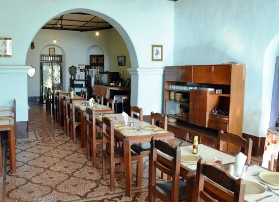 Lords Central Hotel matheran dining room