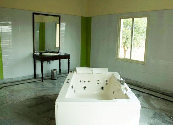Hotel Raj Mahal orchha spa area