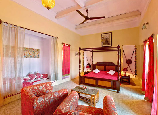 Fort Dhariyawad Udaipur Bedroom