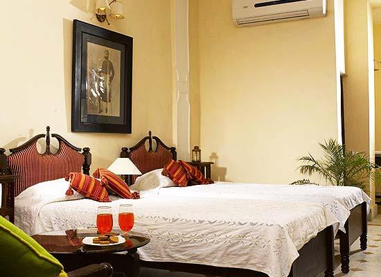 Narayan Niwas Palace jaisalmer bedroom