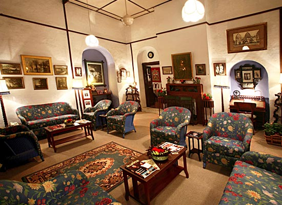 Connaught House mount abu sitting area