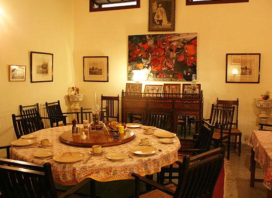 Karni Kot Pali in Rajasthan, Dining