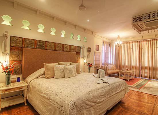 room at Rawla Narlai Pali, Rajasthan