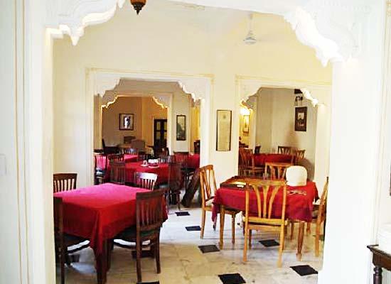 restaurant at Rawla Jojawar Pali, Rajasthan