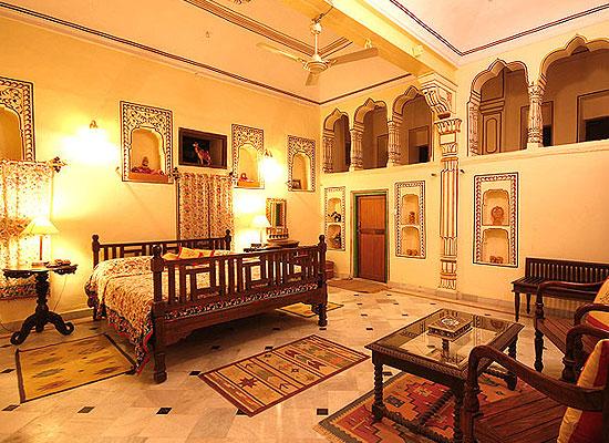 Indra Vilas Mahal Jhunjhunu Room